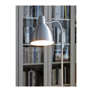 lersta-floor-reading-lamp__0178934_PE249088_S4